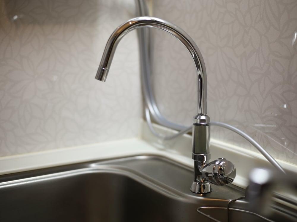 カクダイ製スワンタイプの水栓