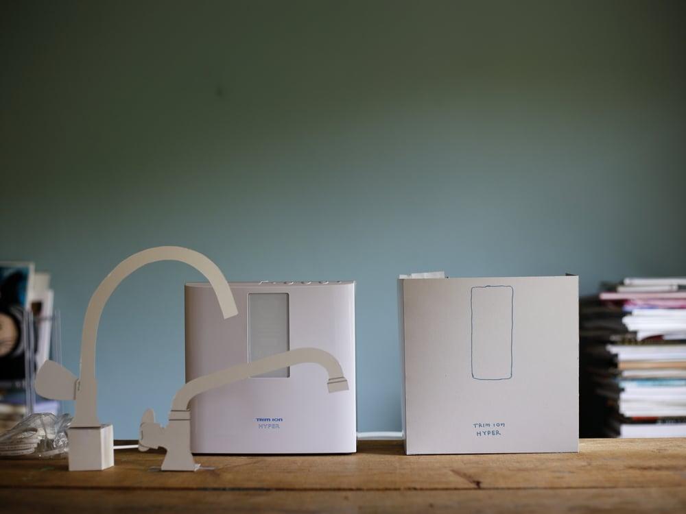 トリムの整水器と水栓の紙模型