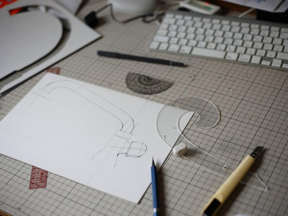 製作中の水栓の紙模型