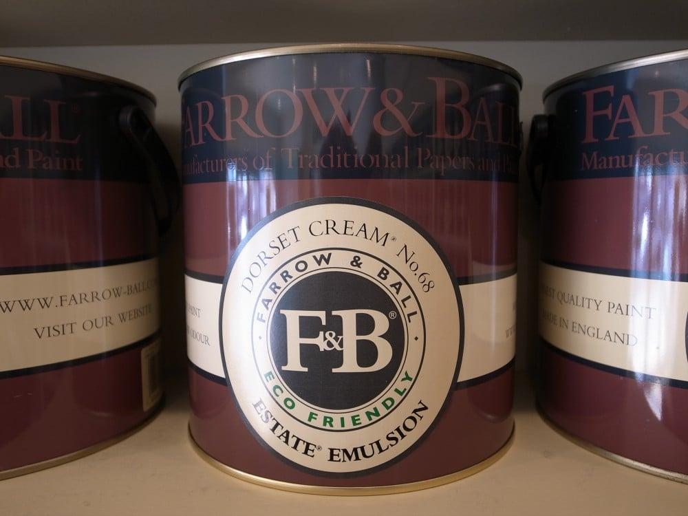 『ファロー&ボール』のペイント缶