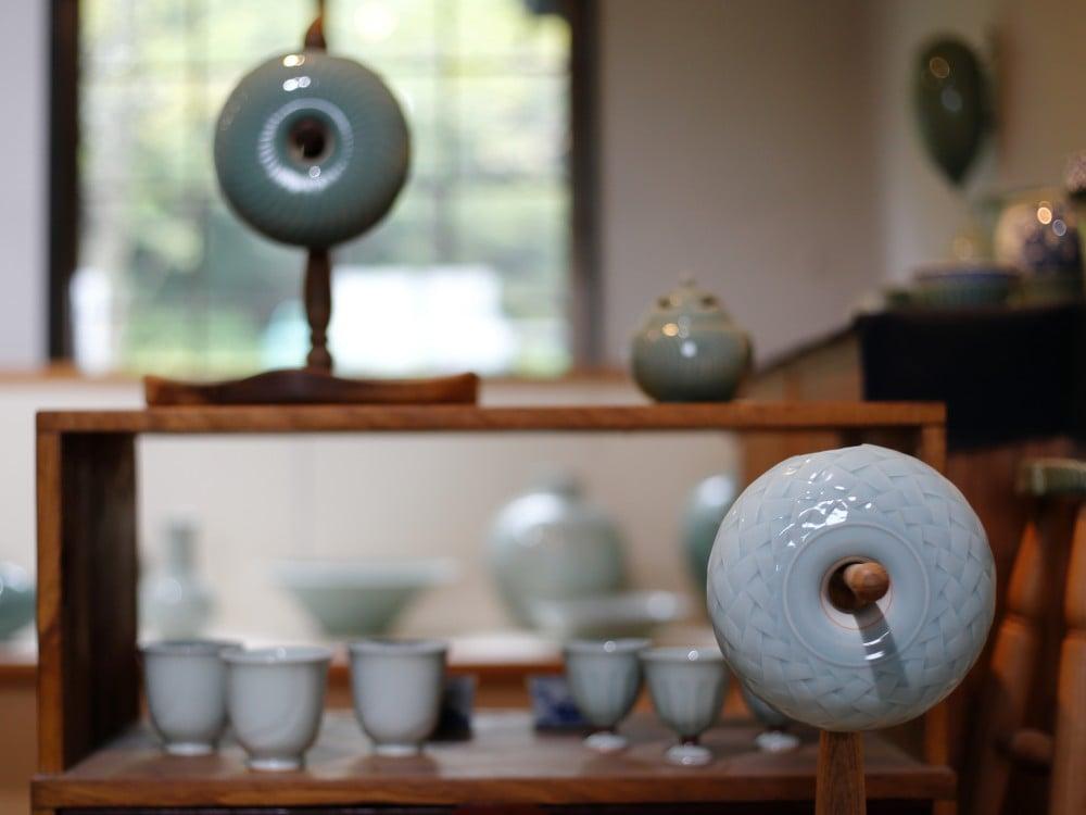 王地山陶器所の一輪挿し