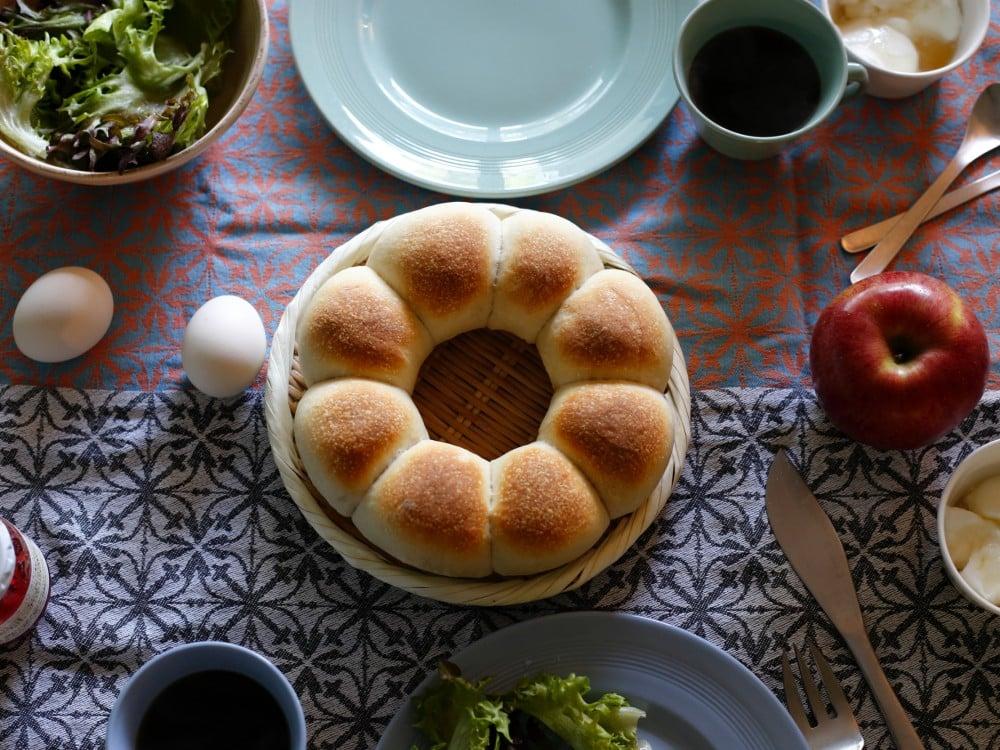 焼き上がったちぎりパン