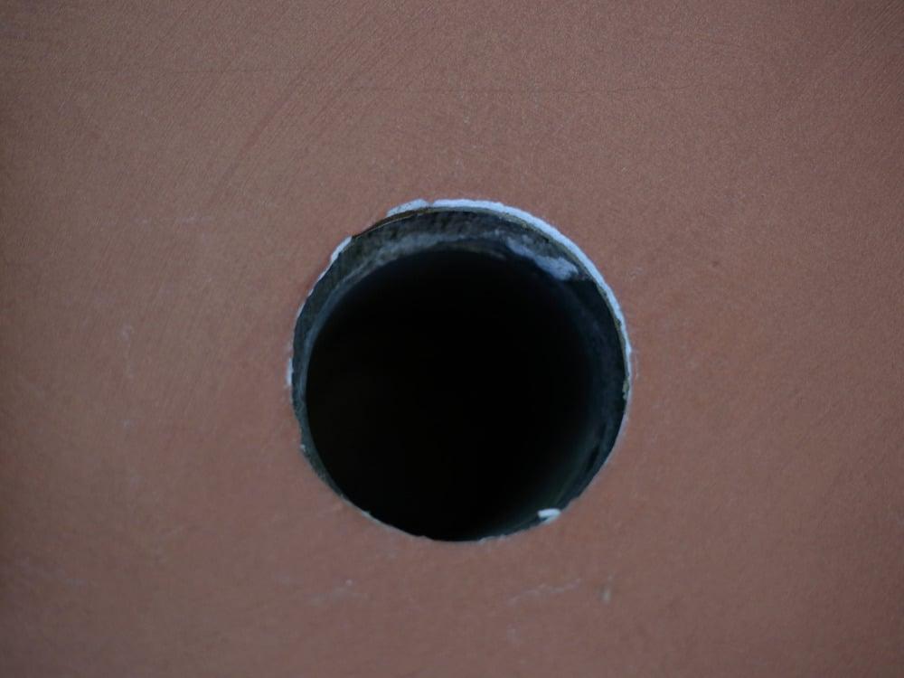 配管貫通穴