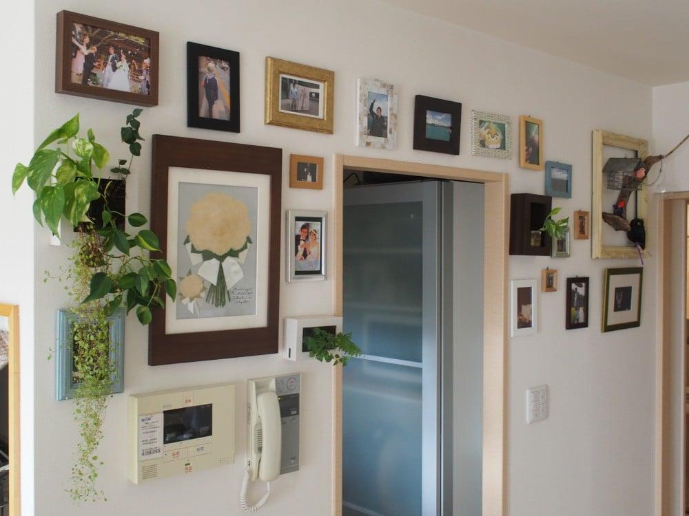 飾りつけた壁の様子