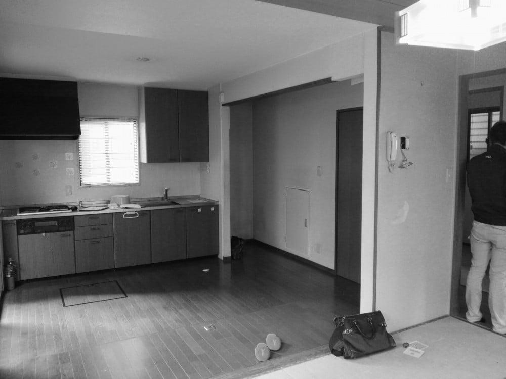 リフォーム前のキッチン(別角度から)