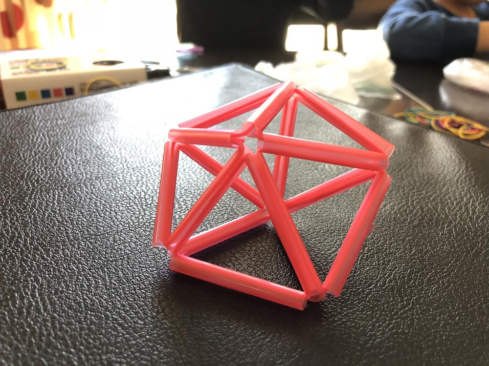 五角形の裏面もできあがり