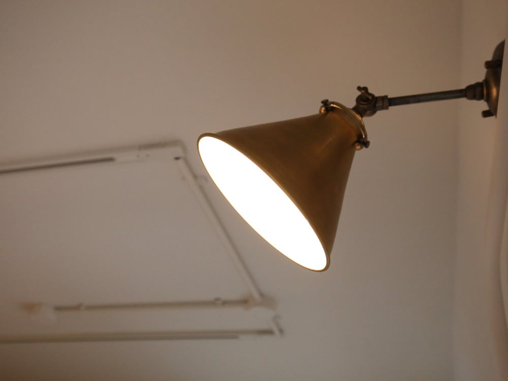 ANTRYのブラケットライト