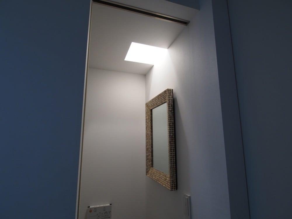 ゴールドの鏡