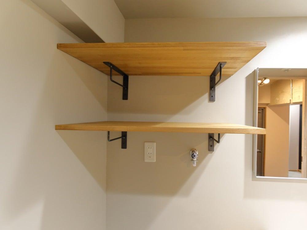 アイアンブラケットの棚は、2段