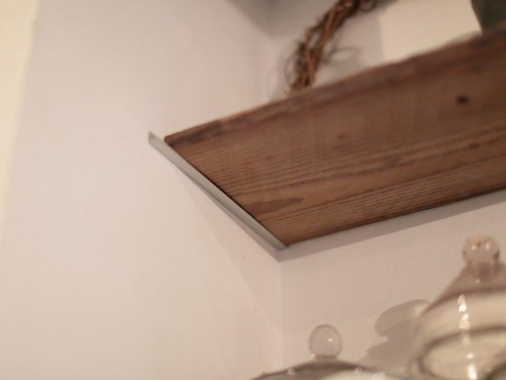 棚板は陶器を乾かす板