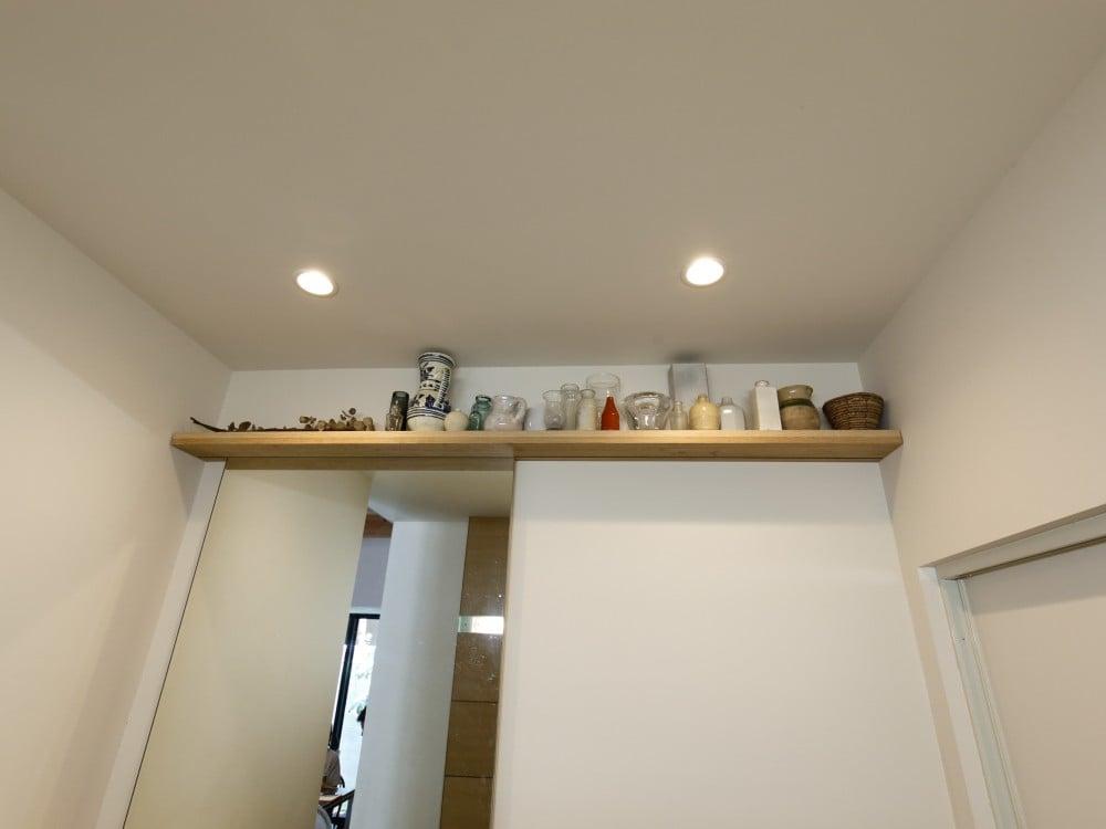 洗面室上部に設置した棚