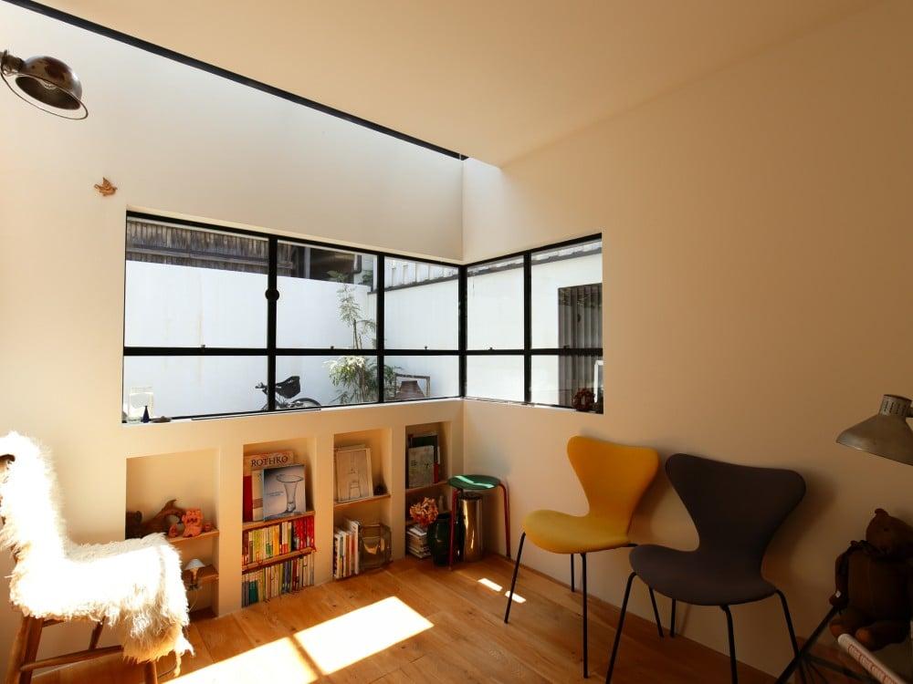 天窓のある部屋