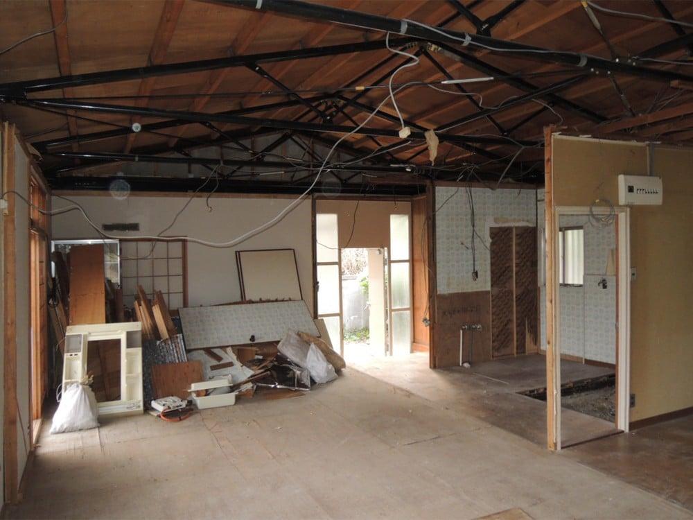 軽量鉄骨造の天井