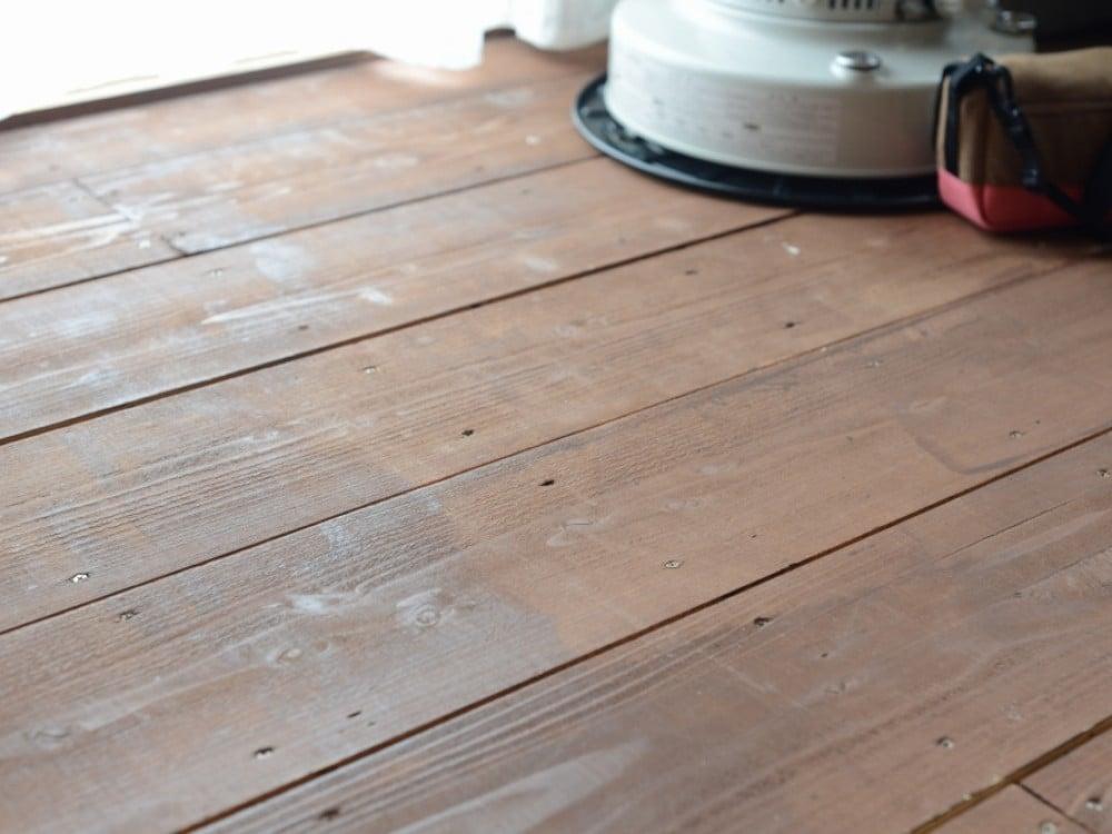 キシラデコールを塗布した床