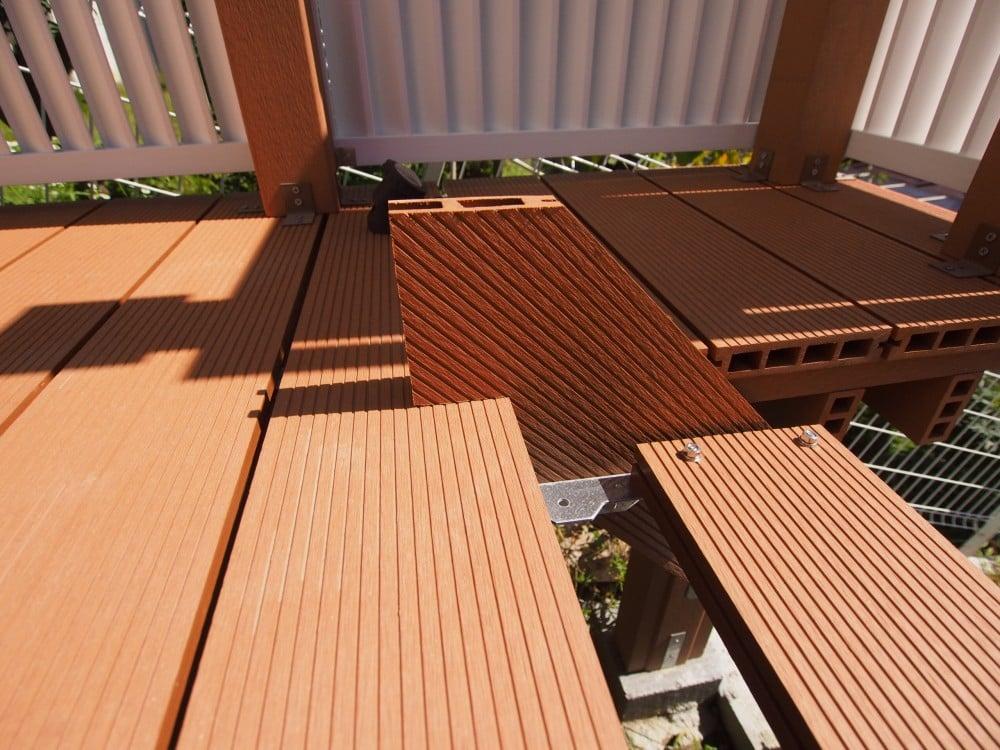 ウッドデッキの階段をDIY