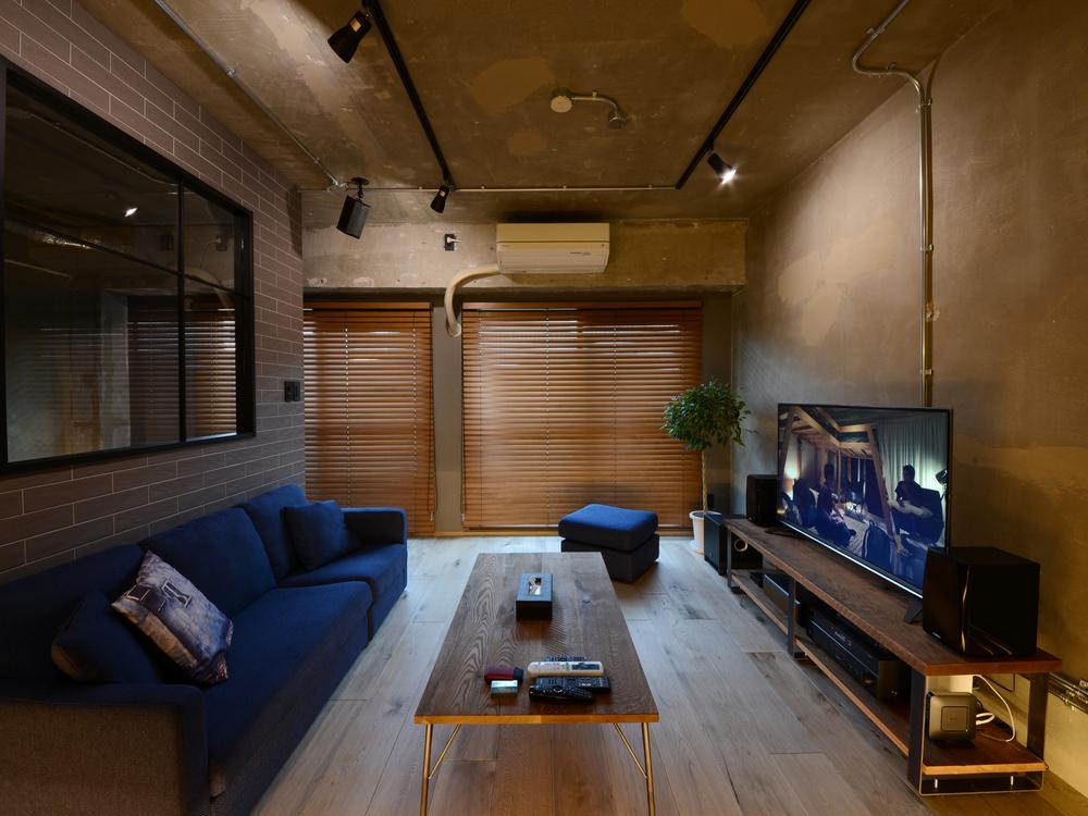 大阪府箕面市にあるSQUAREにオーダーした家具たち