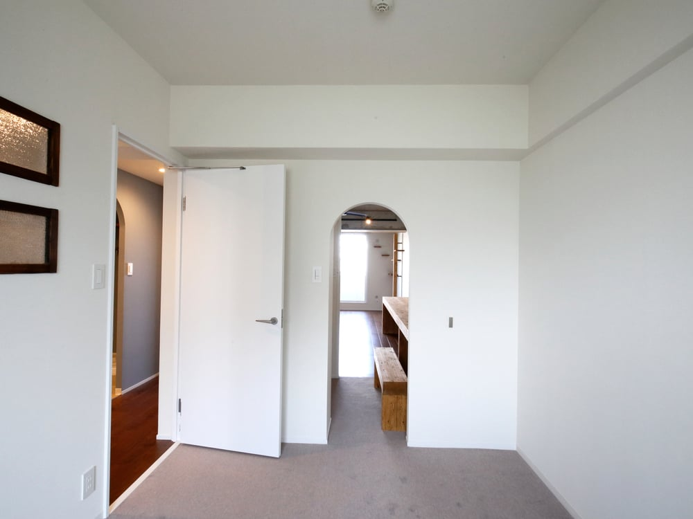 リビングと書斎、どちらからもスムーズにアクセスできます。
