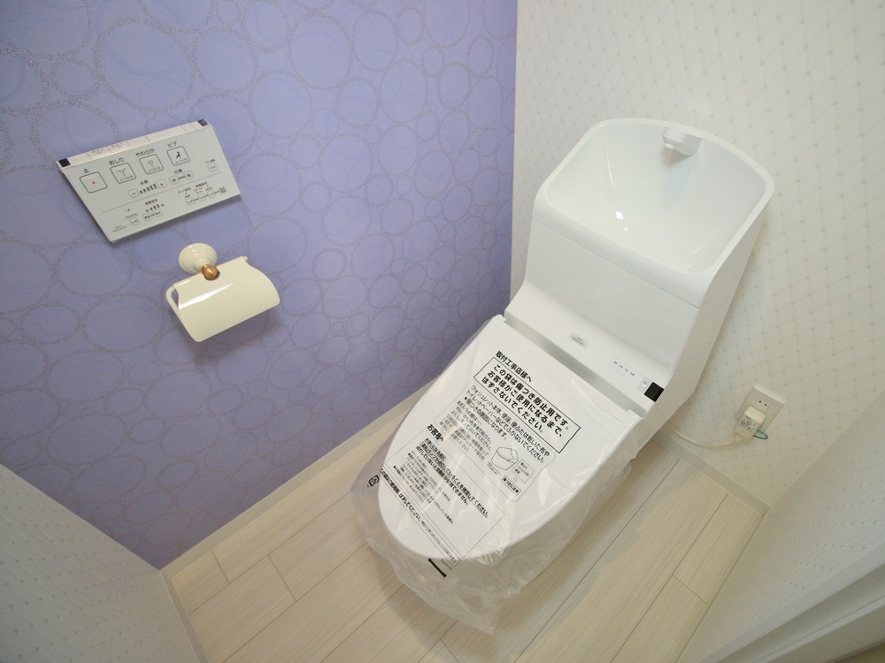 TOTOのHVリモデルタイプ便器(手洗い付き)