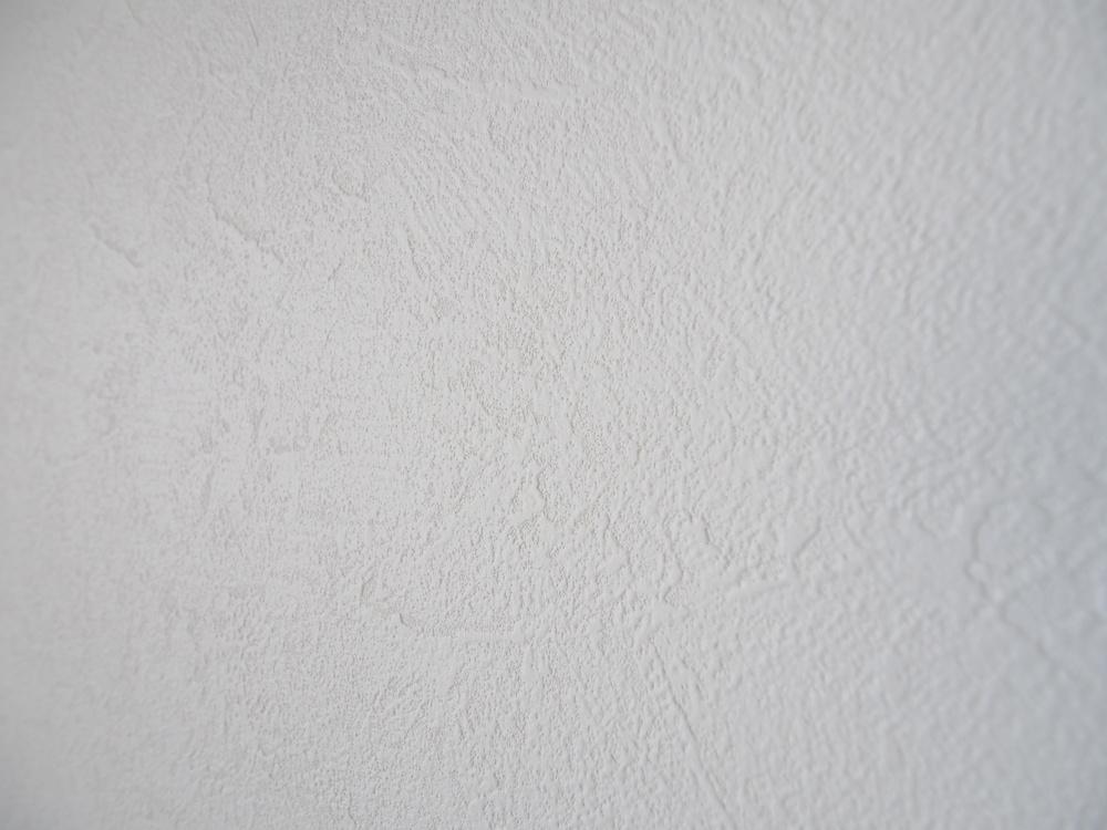 和室の壁にはサンゲツ・SP9910